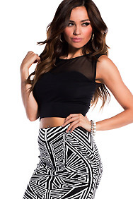 Black Sweetheart Neckline Crop Top